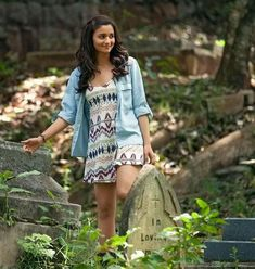 New fashion inspo beaches Ideas Trendy Outfits, Summer Outfits, Cute Outfits, Girl Outfits, Fashion Outfits, Indian Celebrities, Bollywood Celebrities, Bollywood Fashion, Alia Bhatt Photoshoot