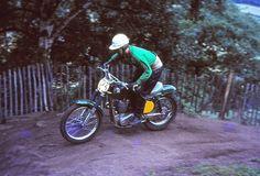 Hawkstone MXDN 1964 - Derek Rickman | Derek with his tradema… | Flickr