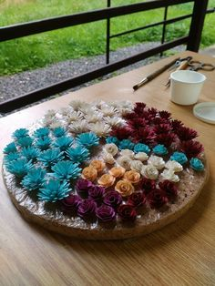 Quilling, Serving Bowls, Paper, Tableware, Bedspreads, Dinnerware, Tablewares, Quilting, Place Settings