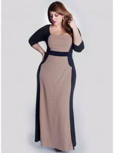 I love this beautiful #plussize dress
