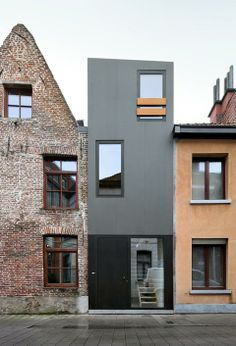 Small house in Ghent, Belgium by dierendonckblancke architects