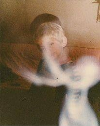 Ghost Hunts, Ghost Hunting, Haunted Breaks, Roast Haunted, The Paranormal Scary Ghost Pictures, Real Ghost Pictures, Real Haunted Houses, Haunted Places, Paranormal Pictures, Ghost Caught On Camera, Ghost Sightings, Ghost Hauntings, Real Ghosts