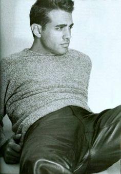 Bobby Cannavale looks like my Bomps