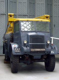 Bedford QL fuel bowser
