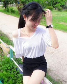 Can we cry Cute Asian Girls, Beautiful Asian Girls, Cute Girls, Pretty Asian, Beautiful Girl Body, Fresh Girls, Vietnam Girl, Good Girl, Ulzzang Girl