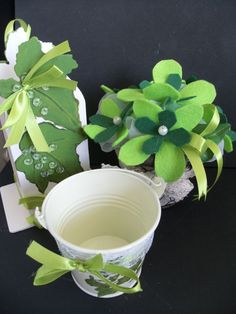 craft Ivy Leaf, Ornaments, Tableware, Green, Crafts, Manualidades, Dinnerware, Dishes, Decorations
