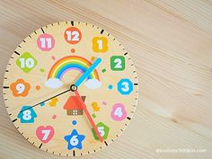 Making an educational clock-Children's life and 100 yen uniform – Clock World Child Life, Diy Home Crafts, Clock, Education, Wall, How To Make, Home Decor, Watches, Children