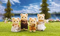 Calico Critters Cuddle Bear Family and thousands more of the very best toys at Fat Brain Toys. Say hello to the fuzzy and friendly Cuddle Bear Family! There's the prestigious father who's the mayor of the town, the mother who . Deer Family, Family Of 4, Baby Toys, Kids Toys, Dolls House Figures, Doll Houses, Calico Critters Families, Sylvanian Families, Collectible Figurines
