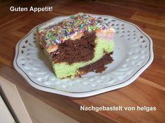 Mehrfarbig bunter Kuchen aus der Springform