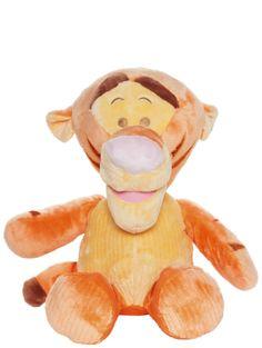 Herttainen, pastellisävyinen Tiikeri-pehmo on pikkuihmisen turvallinen luottokaveri. Sitä kelpaa rutistaa ilon hetkellä, ja kurjankin päivän pehmeä ystävä pelastaa. Käsinpesu. Korkeus n. 50 cm. Tigger, Disney Characters, Fictional Characters, Art, Art Background, Kunst, Performing Arts, Fantasy Characters, Disney Face Characters