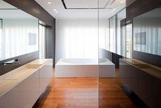Tel Aviv Penthouse 2 by Pitsou Kedem Architect