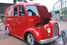 1948 Divco, the Milk Truck Mine did not look anything like this one!