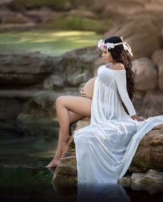 Exceptional Pregnancy detail are offered on our web pages. Check it out and you wont be sorry you did. Beach Maternity Photos, Maternity Photography Outdoors, Maternity Dresses For Photoshoot, Fall Maternity, Maternity Poses, Maternity Portraits, Photography Ideas, Couple Photography, Maternity Photo Shoot