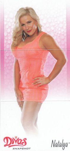 2013 Topps WWE Diva Snapshot Centerfolds Tri-Fold Insert #9 Natalya