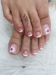 nails - Manicure inspiration with cute decorations 021 Pretty Toe Nails, Cute Toe Nails, Gel Nails, Pedicure Nail Art, Toe Nail Art, Manicure And Pedicure, Toe Nail Designs, French Pedicure Designs, Nails Inspiration