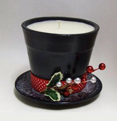 Fill a Small Pot with a Wax and place it on a Saucer to make this Adorable Frosty the Snowman Candle.these are the BEST DIY Christmas Decorations & Craft Ideas! Outdoor ideas, make with citronella candles. Snowman Crafts, Christmas Projects, Decor Crafts, Holiday Crafts, Snowman Hat, Christmas Ideas, Holiday Fun, Christmas Bazaar Crafts, Santa Hat