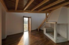 Precioso mirador en Portugal con techos de madera | #madera #techos #interiordesign #arquitectura