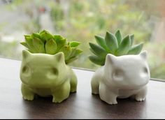 Bulbasaur pots! So cuteee