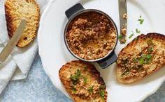 Potted mushroom and bone marrow on toast