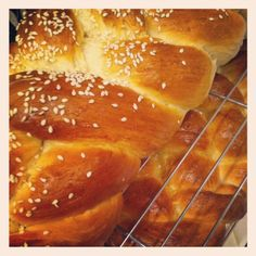 Yummy EASY challah recipe that you can make in your kitchen aid mixer. Never fails...