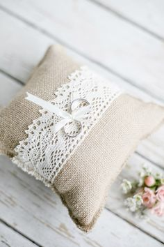 burlap and lace ring pillow #rusticweddinginspiration
