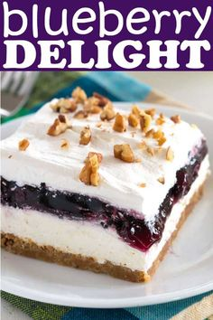 No bake layered Blueberry Delight with graham cracker pecan crust. Better than c… No bake layered Blueberry Delight with graham cracker pecan crust. Better than cheesecake! Layered Desserts, Summer Dessert Recipes, Köstliche Desserts, Easy Delicious Desserts, Light Summer Desserts, Health Desserts, Sweet Desserts, Blueberry Yum Yum, Blueberry Delight