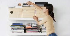 All the best homemaking tips. Find out how to get organized, learn decluttering hacks and the best cleaning tips. Make your house a home today. Konmari, Home Organization Hacks, Organizing Your Home, Organising Hacks, House Cleaning Tips, Cleaning Hacks, Cleaning Checklist, Spring Cleaning, Professional Organizing Tips