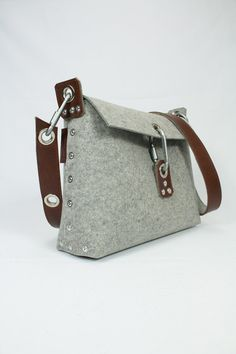 Womans felt handbag felt purse for women messenger bag for