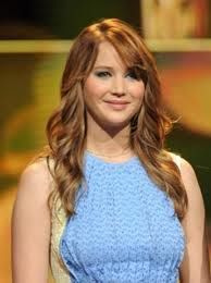 Jennifer Lawrence is beautiful, and she looks amazing in The Hunger Games and Xmen.