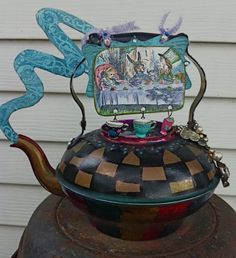 Alice in Wonderland Altered Tea Set #repurpose #recycle