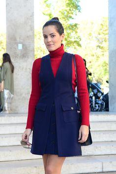 Look do Dia: a touch of color! Western Wear, Azul Indigo, Vestido Casual, Cerulean, New Look, Ideias Fashion, High Neck Dress, Outfits, Blazer