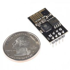 In seiner einfachsten Bauform ist der ESP8266 kaum größer als eine amerikanische 25-Cent-Münze. (Foto: Sparkfun.com)