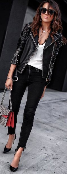 #winter #outfits black leather jacket. Pic by @lucyswhims.
