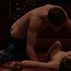 OMG https://www.pinterest.com/lilyslibrary/365-days-of-grey/ Ana and Christian in Fifty Shades of Grey