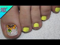 Flower Nail Designs, Pedicure Designs, Red Nail Art, Flower Nails, Mani Pedi, Short Nails, Toe Nails, Pretty Nails, Hair And Nails