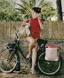 Catherine Deneuve velosolex st tropez 1965