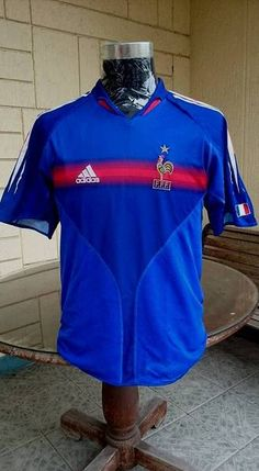FRANCE 2004 UEFA EURO PORTUGAL QUARTER FINALS HOME SHIRT MAILLOT YOUTH France Euro, Vintage Jerseys, Football Jerseys, Finals, Harry Draco, Polo Ralph Lauren, Classic, Portugal, Mens Tops