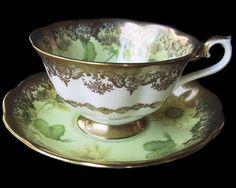Royal Albert Sunflower s PORTRAIT Duo Tea cup & Saucer 1st Eng