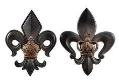 Beautiful Fleur de Lis Crowns Wall Plaques Sculptures,10'' x 13''H.Set of Two!  #Unbranded #Transitional
