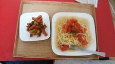 冷製トマトペペロンチーノ、ウィンナーとブロッコリーのケチャップ炒め