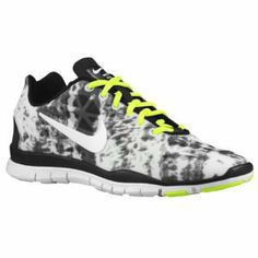 sale retailer 54f03 3a699 Nike Free TR Fit 3 Print - Women s at Foot Locker Nike Free Shoes, Free