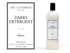 "Natürliches Waschshampoo für Dunkles ""The Laundress Darks Detergent"" Cosmetic Labels, Label Design, Biodegradable Products, Vodka Bottle, Shampoo, Packaging, Cleaning, Cosmetics, Dark"