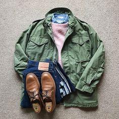 ↓ Vintage U. Mature Mens Fashion, M65 Jacket, Army Shirts, Moda Casual, Field Jacket, Men Style Tips, Gentleman Style, Men Looks, Military Fashion