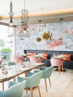 Hotel Zafiro Palace Palmanova - Innenarchitektur v Design Café, Cafe Design, House Design, Restaurant Interior Design, Shop Interior Design, Interior Decorating, Interior Colors, Deco Cafe, Deco Restaurant