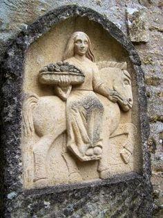 Epona - Goddess of Horses in Celtic Mythology Celtic Goddess, Celtic Mythology, Goddess Art, Ancient Goddesses, Gods And Goddesses, Ancient Art, Ancient History, Mother Goddess, Triple Goddess