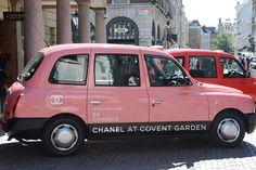 Direto de Londres, o táxi de beleza da Chanel.