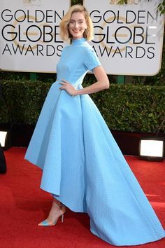 Caitlin Fitzgerald looking sassy in an Emilia Wickstead spring/summer 2014 gown. #GoldenGlobes #WeLoveTheLook