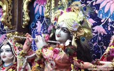 To view Gopinath Close Up Wallpaper of ISKCON Chowpatty in difference sizes visit - http://harekrishnawallpapers.com/sri-gopinath-close-up-wallpaper-006/