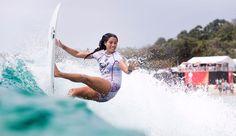 QUIKSILVER & ROXY PRO Malia Manuel gets vertical. WSLPhCestariWSL WORLD SURF LEAGUE