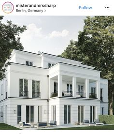 Residential house with 4 residential units, Berlin Grunewald - Architecture Neoclassical Architecture, Residential Architecture, Architecture Design, Classic Architecture, Facade Design, Exterior Design, Roof Design, Design Design, Exterior House Colors